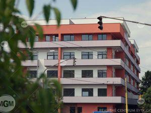 REZERVÁCIA: Pekný 2-i byt, 70m2,  Komenského rezidencia, 169.240 EUR