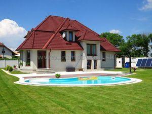 Nádherná slnečná priestranná novostavba 7-izbového rodinného domu 461 m2 na pozemku 1457 m2 v Hviezd