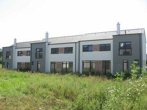 OLYMP - SKOLAUDOVANÝ a nový, tehlový 4-izb. RD s veľkým pozemkom 354 m2 v Marianke na Lúčnej ul.