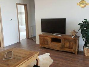 PRENÁJOM - Luxusný byt v novostavbe s parkovacím miestom - Nitra, Zobo