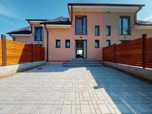 Podpivničená novostavba rodinného domu obci Dubová