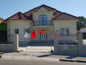 Predám krásnu novostavbu v spodnej časti Zobora v Nitre.