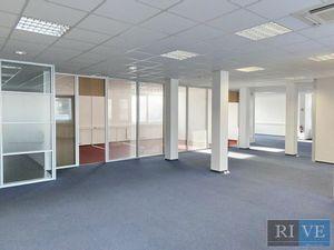 od 150 m2 - 200 m2- 360 m2 - administratívne priestory v novom objekte