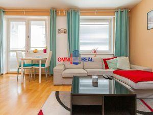 Prenájom pekného 1 izb. bytu s oddeleným spacím kútom, Geologická ul., 33,24 m2, zariadený, klimatiz