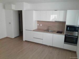 BULVAR - 2 izb. byt s balkónom, NOVOSTAVBA