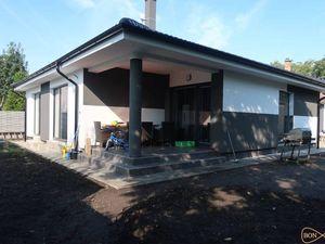 NOVOSTAVBA - 4-izbový bungalov so záhradou