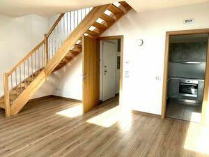 NA PREDAJ : Originálny, štýlový a jedinečný veľký 4 izbový byt  o výmere 140 m2 v prestížnej stavbe