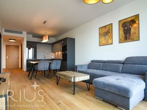 TOVÁRENSKÁ, 2-i byt, 62 m2 – dokončený byt v SKYPARKu s TOP výhľadom