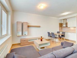 AXIS REAL:: 2-izbový byt, GARÁŽ, NOVOSTAVBA, BA V. Petržalka, Bosákova