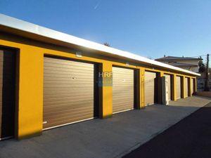 Na predaj nové garáže v Holíči