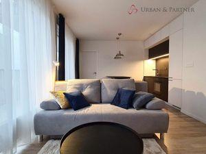 2 izbový byt na prenájom v novostavbe s parkovacím státím, kompletne moderne zariadený.