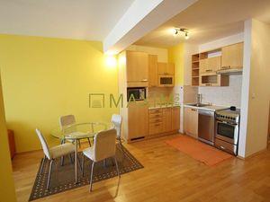 2-izbový byt na Zadunajskej ceste