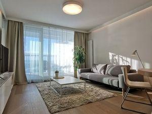 Luxusný 2-izbový byt s  balkonom,  Landererova Ul., Bratislava- Staré mesto