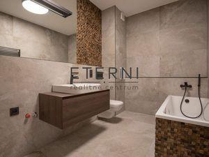 Na predaj- 2 izbový byt v centre Trnavy- s parkovacím miestom