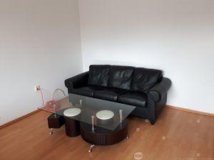 Prenájom kancelárií o výmere 89 m2 v uzavretom priestore na spôsob bytu v širšom centre Žiliny , Cen