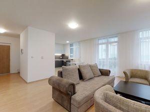 3 izb. byt 115m + TERASA. 2x kúpeľňa, GAR.PARKING, Vysoká ul., centrum, Staré Mesto, aj HOME OFFICE