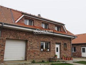 HALO reality - Predaj, rodinný dom Čierna Voda, Dva zaujímavé rodinné domy  - NOVOSTAVBA - ZNÍŽENÁ C