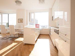 HERRYS - na prenájom 3 izbový slnečný priestranný byt s lodžiou
