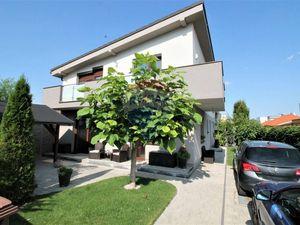 Predaj 5 izb. rodinného domu, novostavba, centrum mesta