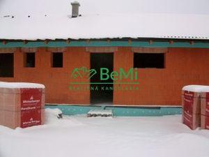 REZERVOVANÉ: Nitra-Janíkovce: NOVOSTAVBA rod.dom Bungalov (1048-12-RP)