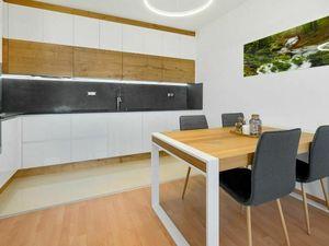 Moderný 2-izbový byt na Opletalovej ulici