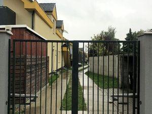 NOVOSTAVBA v rodinnom štýle, v tichej časti Rače-3 izbový s terasou,2 parkovacími státiami,povala
