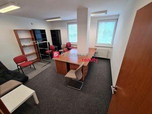 Prenájom kancelárie 26m2 BA III. blízko centra Novostavba