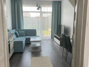 PREDAJ - kompletne zariadený 2 izbový byt v novostavbe s 25 m terasou a dvomi parkovacími miestami