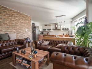 NA PREDAJ pekný 4-izbový byt, kompletne zariadený, dve garáž.státia v cene