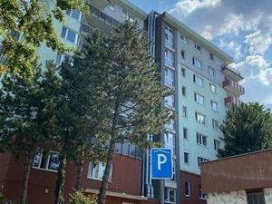 Prenájom priestranný 1 izbový byt, ulica Heyrovského, novostavba, Lamač, BA IV
