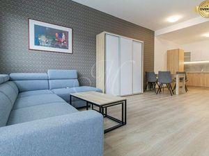 Príjemne zariadený 2 izbový byt v novostavbe v Starom meste
