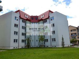 NOVOSTAVBA PO KOLAUDÁCIÍ:  5 izbový priestranný byt - mezonet, Pezinok, Muškát