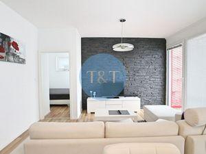 Štýlový 2 izbový byt s garážovým státím v novostavbe na Teslovej ulici v Ružinove
