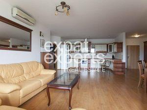 Priestranný 3i byt, 86 m2, zariadený, s parkovaním a výťahom