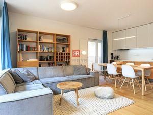 HERRYS- Na prenájom, krásne zariadený 3izbový  byt s lodžiou a parkovacím miestom v novostavbe Pri M