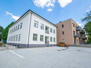 TRNAVA REALITY EXKLUZÍVNE - ZARIADENÝ 2-izb. byt s pivnicou v modernej novostavbe v Sládkovičove
