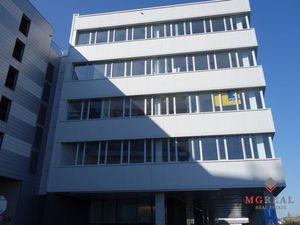 Lukratívne kancelárske priestory, Bratislava - Ružinov, Trnavská cesta, 160 alebo 80m2, átrium, park