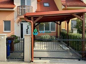Novostavba 3-izbový dom v lukratívnej časti Dunajskej Stredy, 3D obhliadka, video s 3D pôdorysom