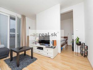 Zariadená 2-garzónka s plochou 43,31 m2 na Záhradníckej ulici, BA-Ružinov, od 01.01.2022