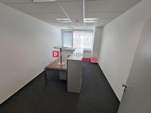 Prenájom kancelárie 17m2 BA-Nové Mesto s kuchynkou