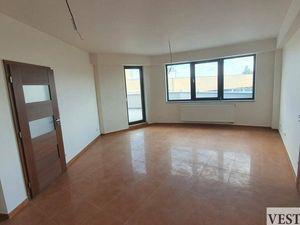 Na predaj 3 izbový byt s balkónom o výmere 93m2 v centre mesta Galanta
