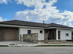 EXKLUZÍVNE! 4-izbová novostavba rodinného domu s garážou