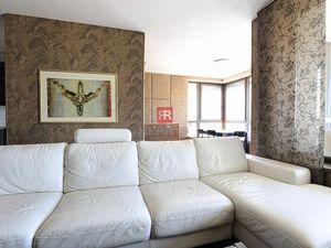 HERRYS - Na prenájom slnečný priestranný 3 izbový byt s 2 loggiami a s 2 garážovými státiami v blízk