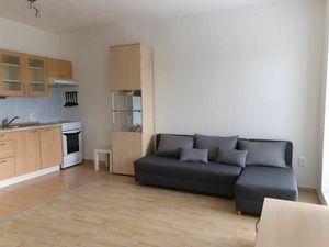 PRENÁJOM - 1 izbový byt - Nitra, Botanická