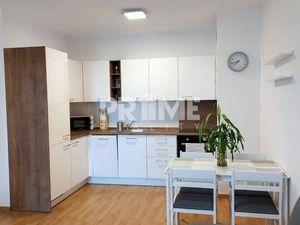 Klimatizovaný 2i byt, loggia, pivnica, parking, novostavba Slnečnice, Petržalka