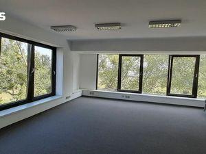 Kancelárske priestory 290m2 v prestížnej lokalite pri III Vežiach - Bajkalská 7, Bratislava III