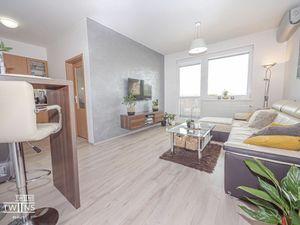 Predáme štýlový 2 izbový byt s BAZENOM kompletne klimatizovaný v Novostavbe Melrose na Betliarskej u