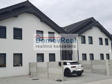 Mezonetový 4 – izbový rodinný dom na predaj vo Hviezdoslave