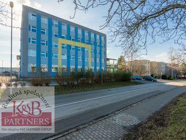 Ponúkame Vám na prenájom kancelárske priestory o výmere od 40 m2 až do 468 m2 na Soblahovskej ul. v
