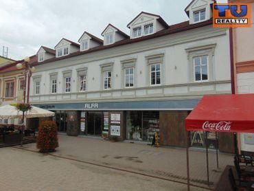 POZOR!! posledný voľný priestor na Prenájom v lukratívnej polyfunkčnej budove na námestí v Poprade